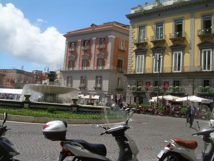 Naples Piazza
